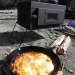薪ストーブで、おとなの火遊び