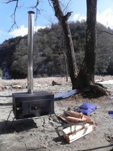 テンマクの「アイアンストーブちび」を手に入れた。これからは、どこでも「火のある暮らし」ができる!