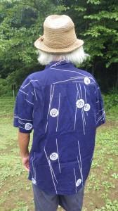 古い着物を再生してアロハシャツを作ることは、新しい物語を作っていくことでもある。