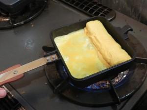 出汁巻き卵をホットサンドメーカーで!