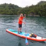 神秘のカルデラ湖をSUPで歩く