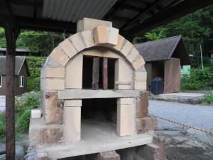 二層式の石窯の実態が明らかになってきた。
